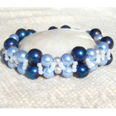 Beautiful Blues Bead Bracelet