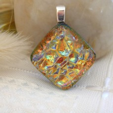 Smaller Golden Crinkle Diamond 2.5cm x 2.5cm