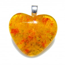 Amber Effect Heart 3cm x 3cm